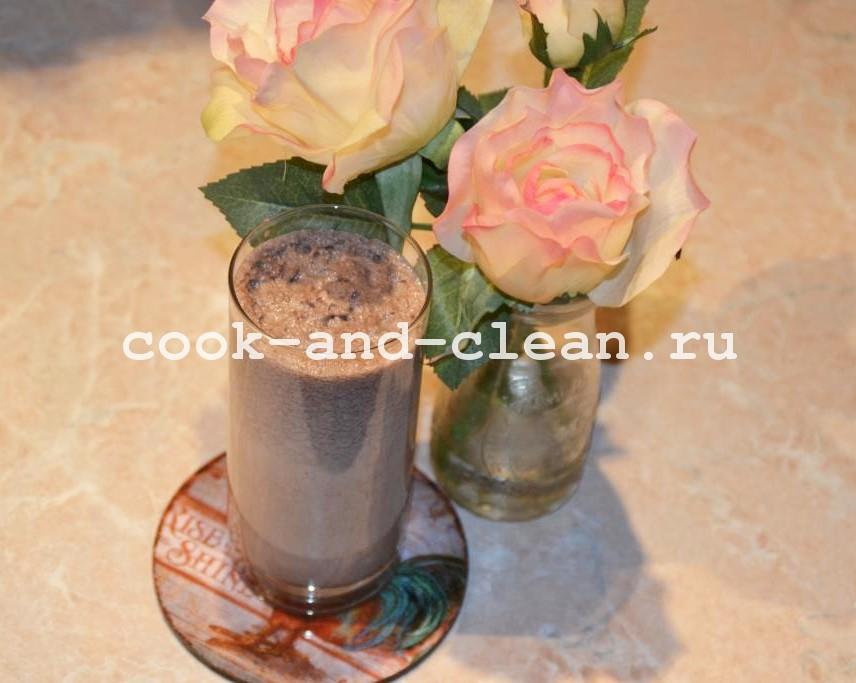 молочный коктейль с мороженым дома