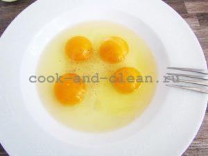 салат яичные блинчики курица огурец