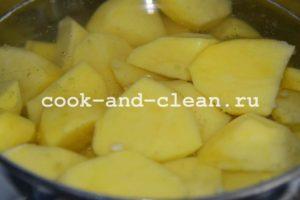 картофельная запеканка с сырым фаршем в духовке