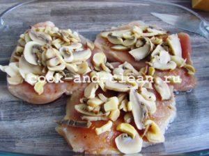 курица с грибами шампиньонами и сыром
