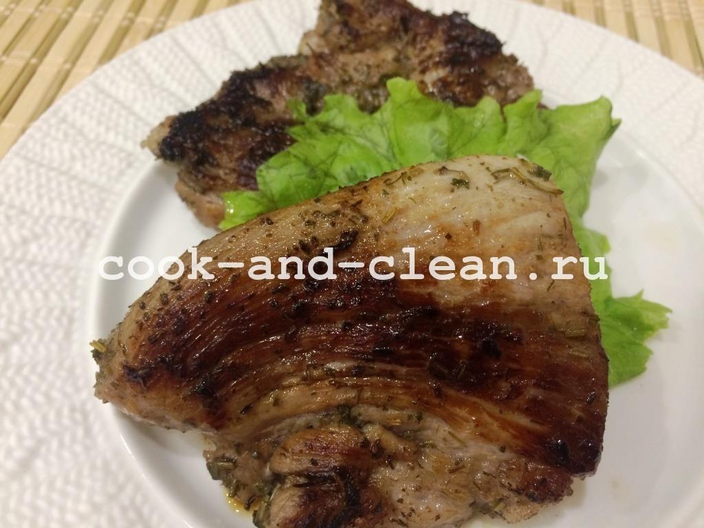 мариновать мясо красным вином