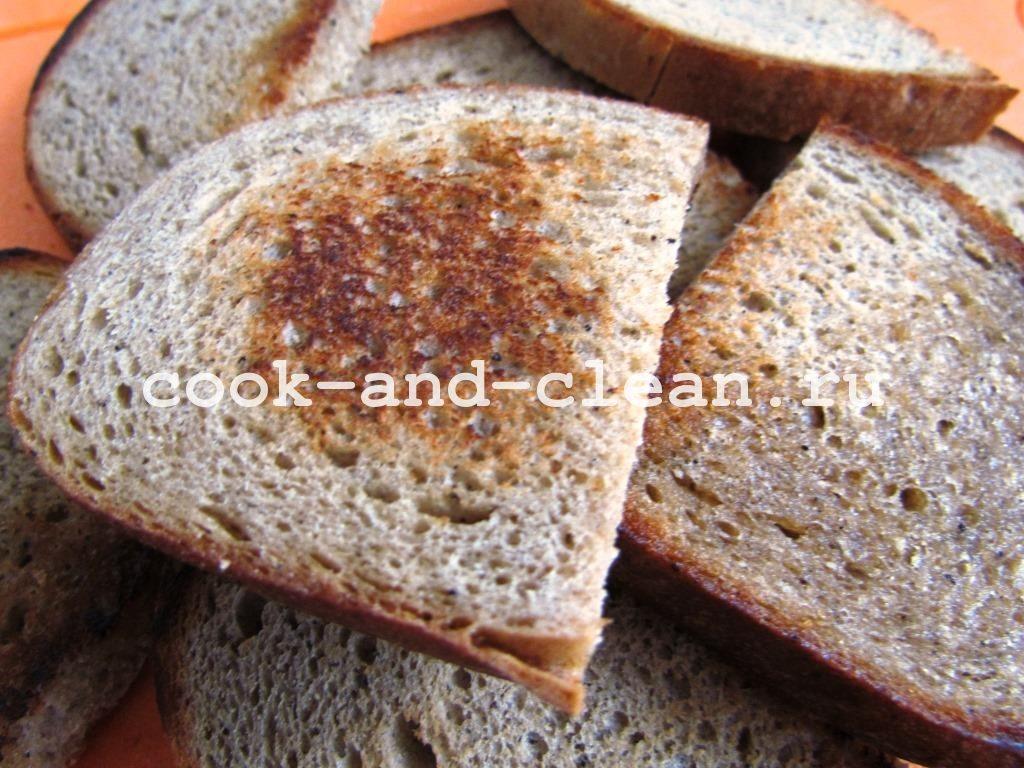 бутерброд со шпротами и огурцом