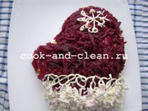 как украсить салат сельдь под шубой