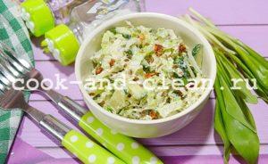 Простой салат из черемши