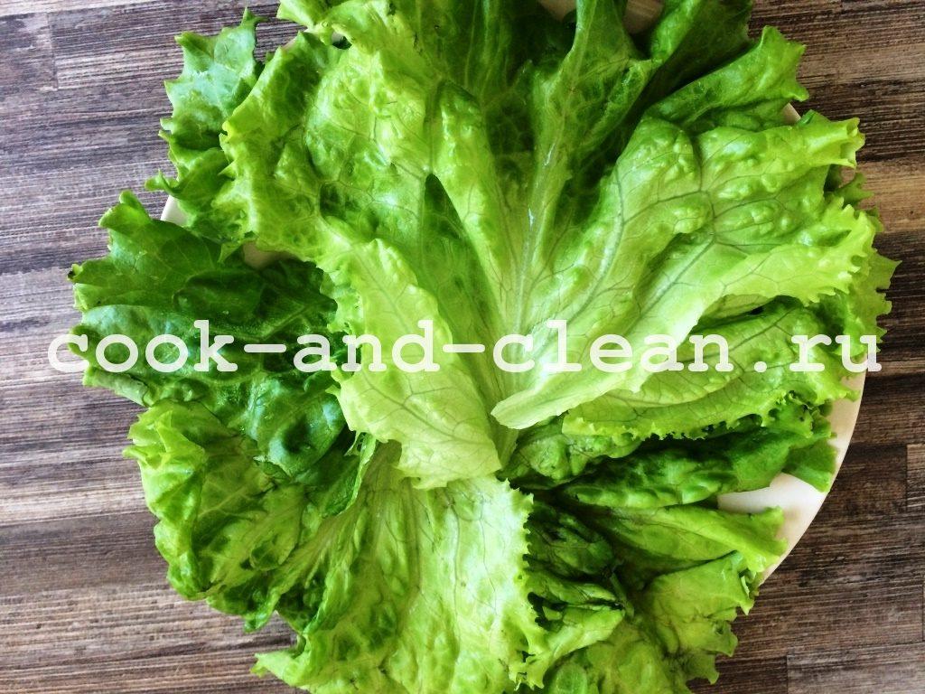 салат с консервируемым тунцом