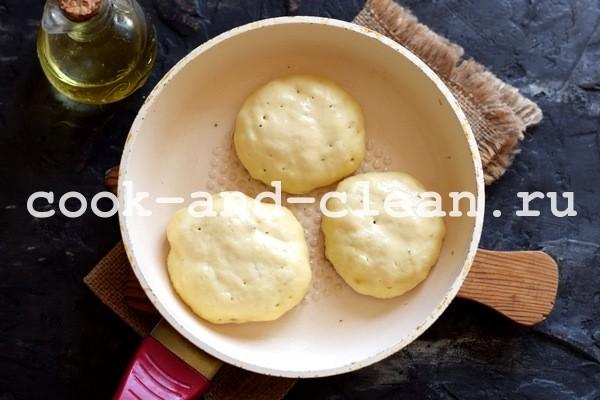 дрожжевые оладьи на молоке пышные на сухих