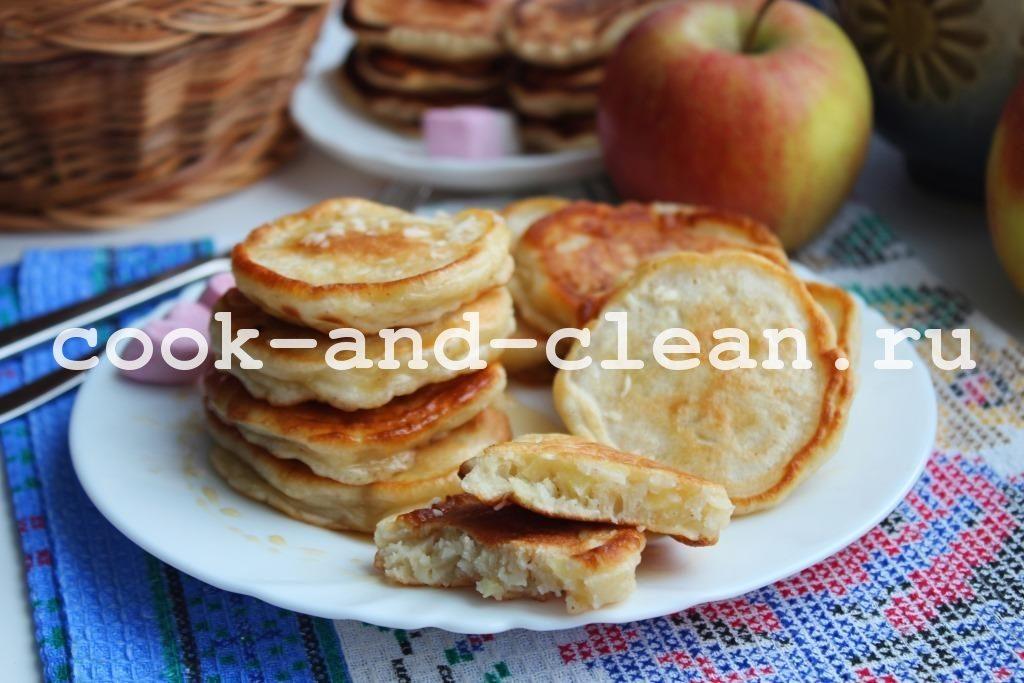 оладьи с яблоками на кефире пышные рецепт
