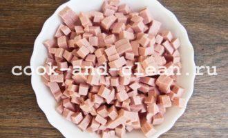 приготовление окрошки на кефире