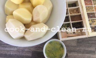 Картофель запеченный с маслом