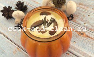Тыквенный суп-пюре с шампиньонами