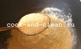 блины на кефире рецепт толстые пышные