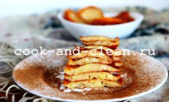 оладьи на кефире с яблоками фото