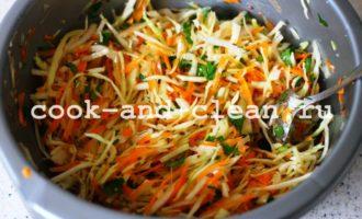 салат из капусты и моркови свежей рецепт