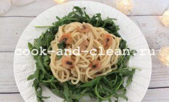 спагетти с креветками в соусе терияки