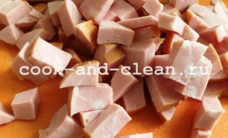 тушеная капуста с сосисками рецепт с фото