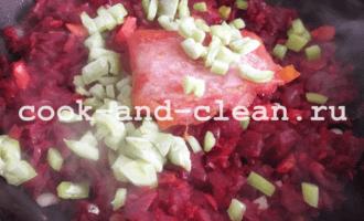 как варить борщ со свеклой и капустой