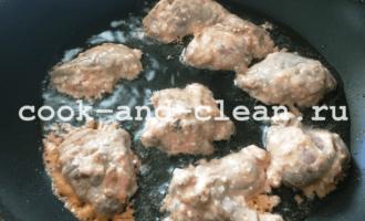 как пожарить куриную печень на сковороде
