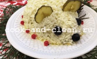 салат с курицей и грибами пошагово