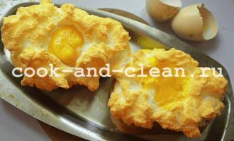 яичница с гренками рецепт с фото