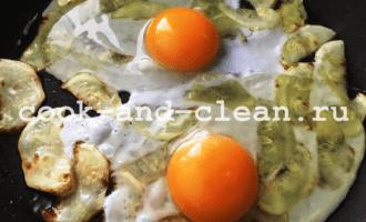 яичница с кабачками рецепт пошагово