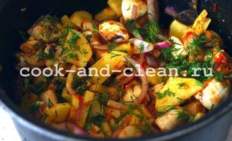 картофель с целыми шампиньонами в духовке