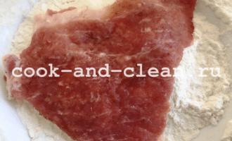 отбивные из свинины в кляре на сковороде
