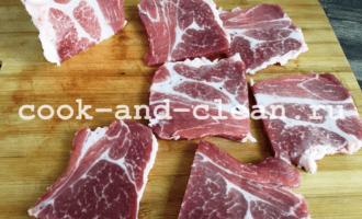 отбивные из свинины с луком