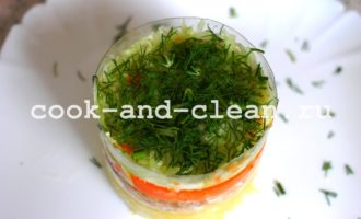 салат с консервированной рыбой пошагово