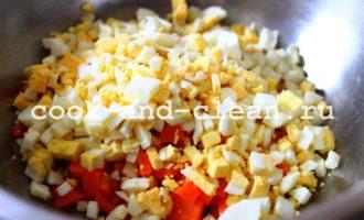 салат с печенью трески и кукурузой рецепт