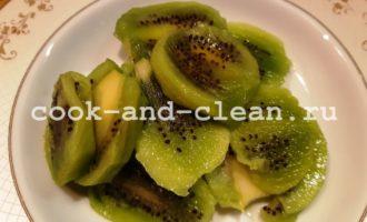 фруктовые смузи в блендере