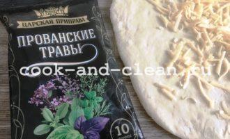 хлеб в духовке с сыром и чесноком
