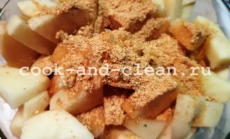 Картофель с чесноком запеченный в духовке