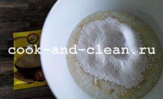 Пышные оладьи на кислом молоке фото рецепт