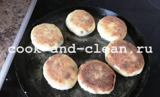 воздушные сырники с манкой рецепт пошаговый