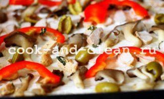 пицца с курицей грибами рецепт с фото