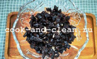 салат нежность с курицей и черносливом рецепт с фото