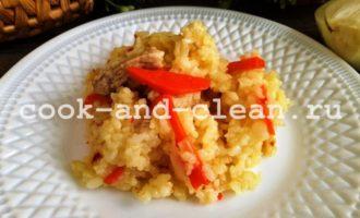 Рис с мясом на сковороде