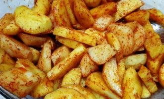 как приготовить картофель по-деревенски в духовке