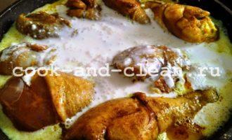 как приготовить куриные голени со сметаной