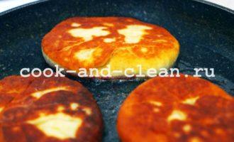 как приготовить пирожки со смородиной