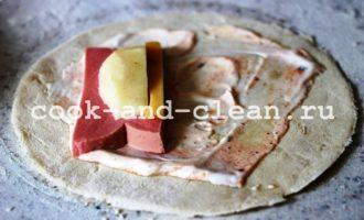 кальцоне с колбасой рецепт пошагово