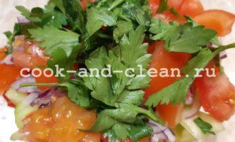 салат из пекинской капусты овощной с маслом