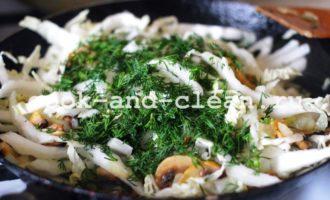 солянка с грибами и капустой фото