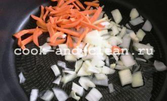 тушеная капуста с грибами на сковороде рецепт