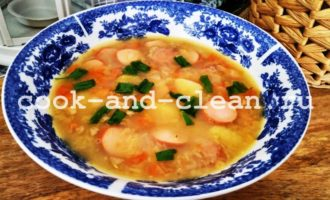 чечевичный суп с сосисками