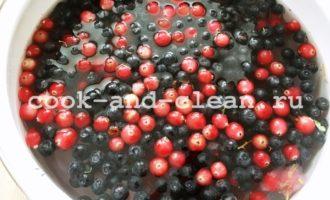 Кисель из замороженных ягод и крахмала