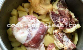вкусный картофель тушеный с мясом в скороварке