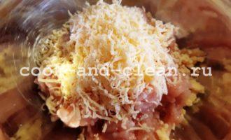 куриные тефтели на сковороде в сметанном соусе