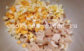 простой салат с кальмарами и яйцом рецепт