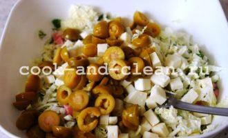 салат с колбасой и сыром пошагово